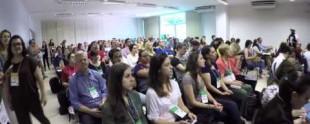 Rodrigo Vale da Google, no Amplifica Curitiba, falando sobre os Innovators Brasil